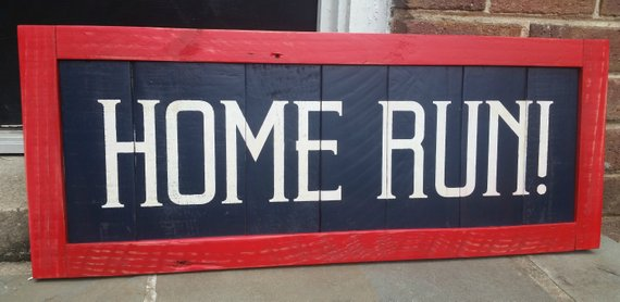 home run wood pallet sign