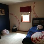 baseball-themed-bedroom-with-threads-painted