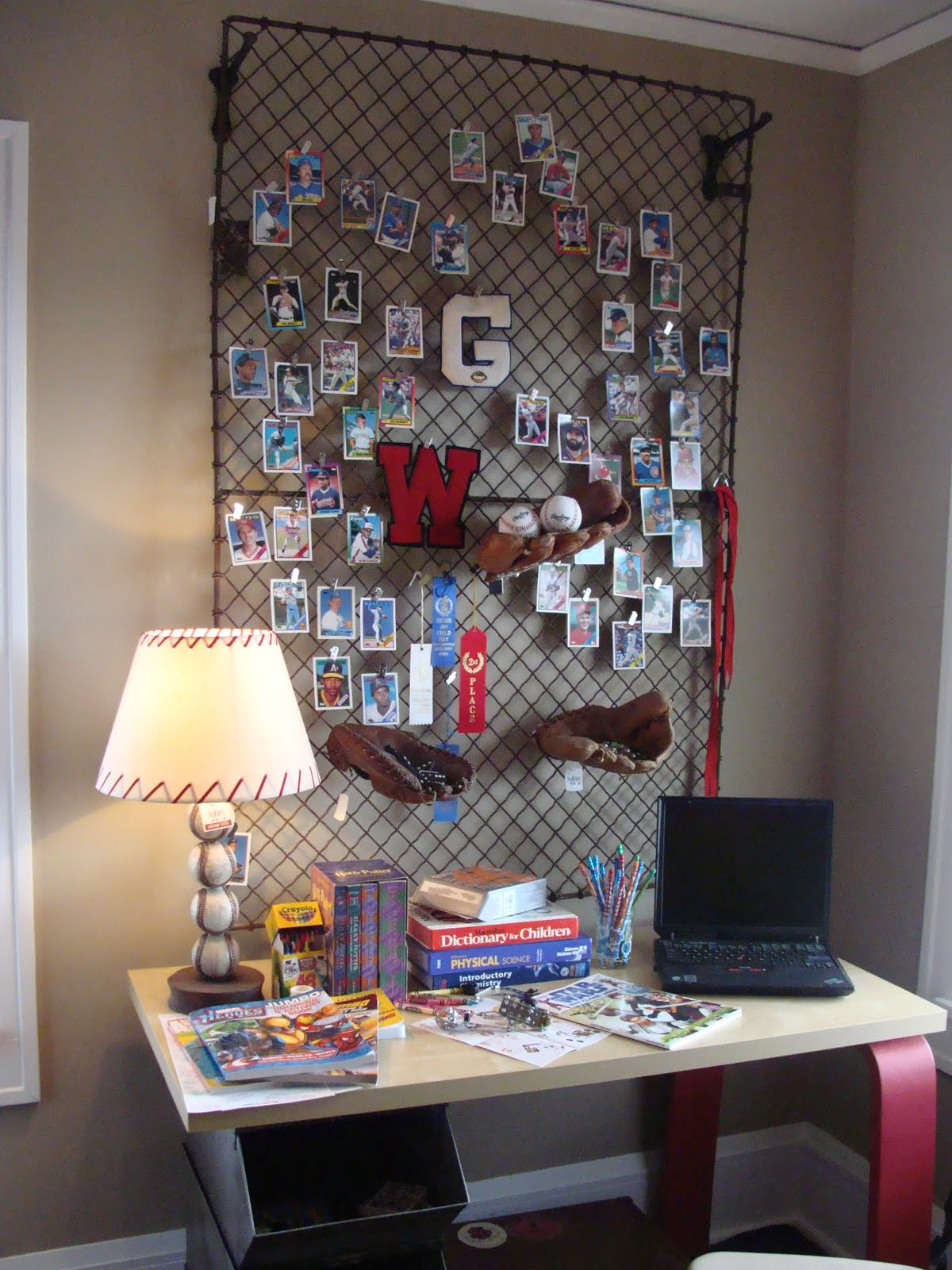 wire mesh bulletin board