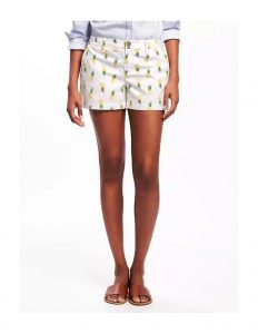 mid rise patterned pineapple shorts