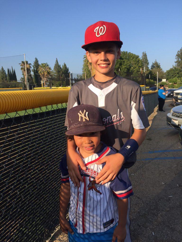 youth baseball players