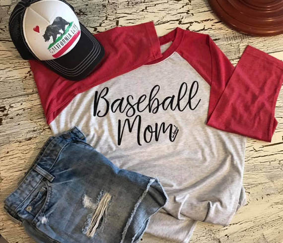 baseball mom outfit