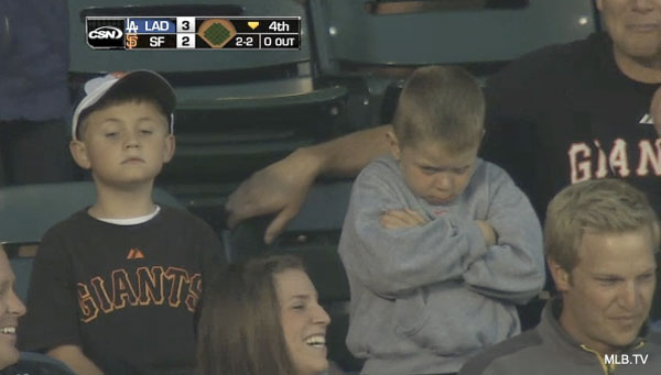 u_mad_bro_young_giants_fan_pouts_big_time_over_foul_ball