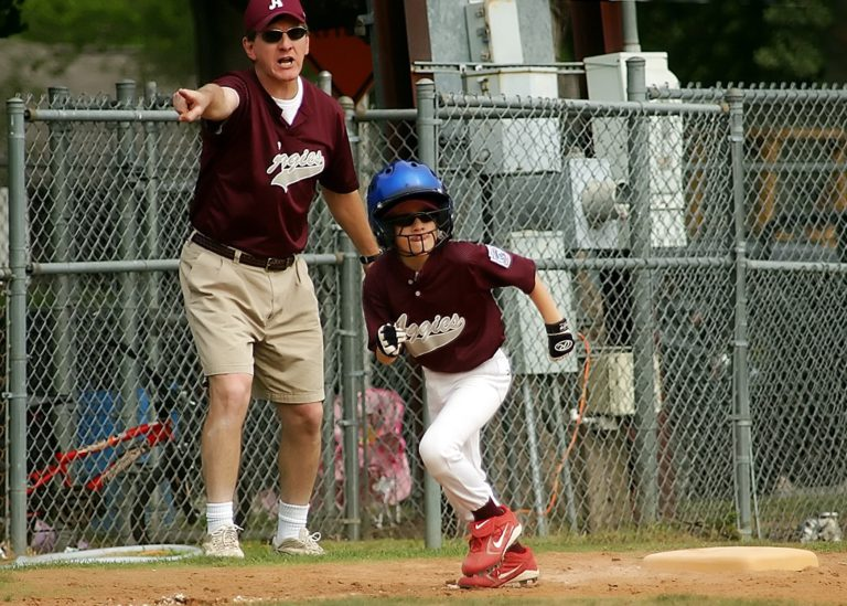 baseball-sport-game-boy-running-kid-567013-pxhere.com