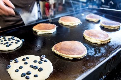 lemon-blueberry-pancakes-min